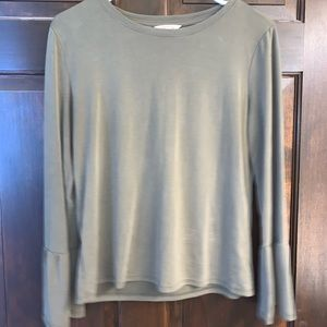 Army Green Bell Sleeved Shirt